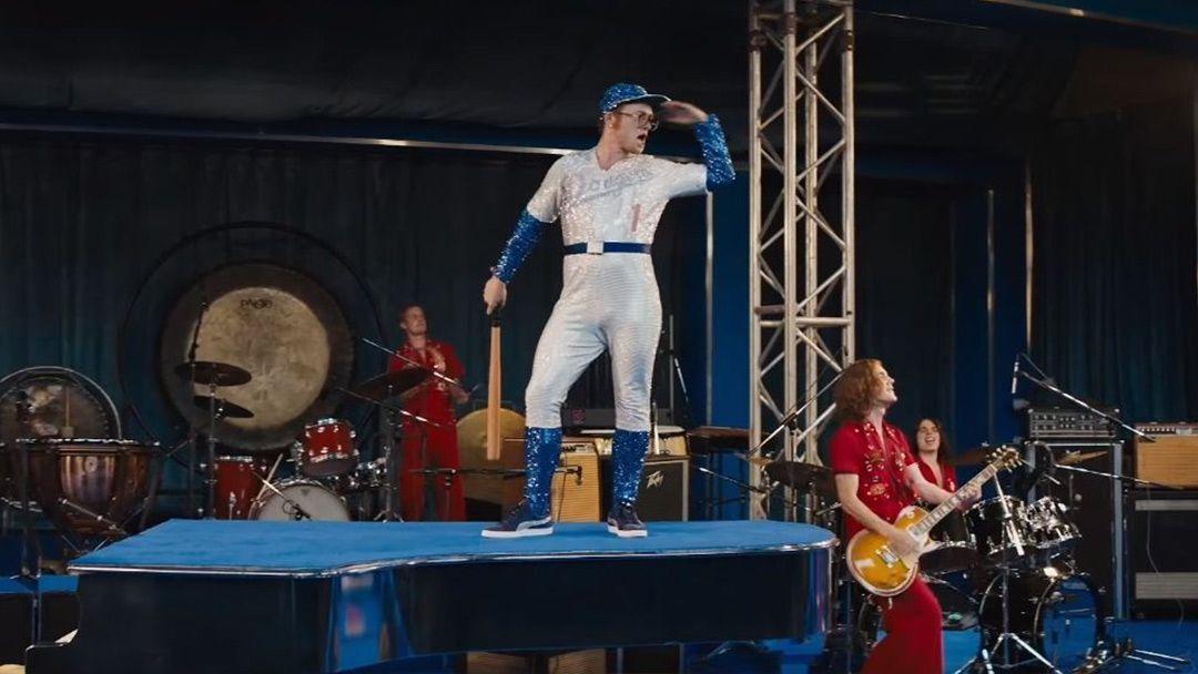Rocketman-le-biopic-sur-Elton-John-devoile-son-affiche-impressionnante-par-David-LaChapelle.jpg
